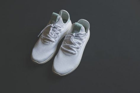 Top 5 Brands to buy White sneakers under Rs.1000 at Myntra